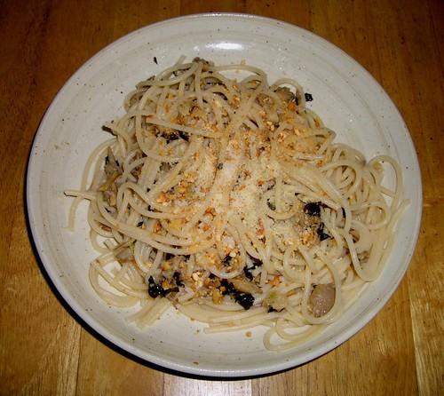 Mushroom Basil Pesto on Pasta