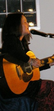 Amanda Gilmour live at foco nuevo