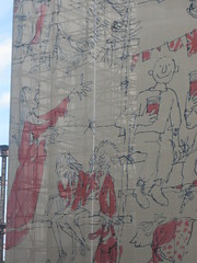 Quentin Blake at King's Cross (taken by Kingsley)