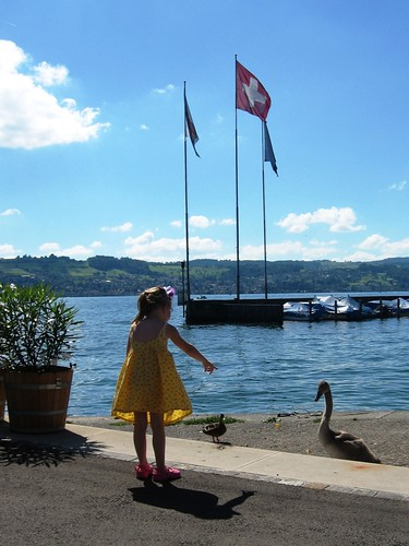 Girl_at_Zuerisee_2008