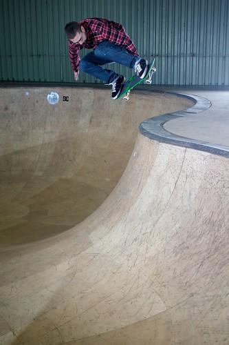 Joe Habgood - backside air over the hip