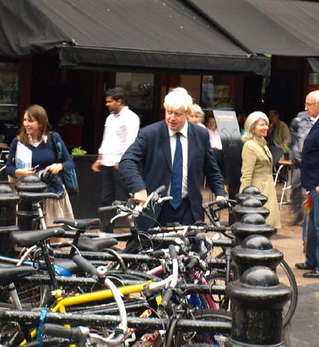 How Mayor J. avoids the congestion charge.