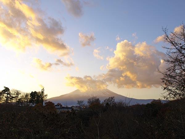 御殿場プレミアム・アウトレットからの富士山 1