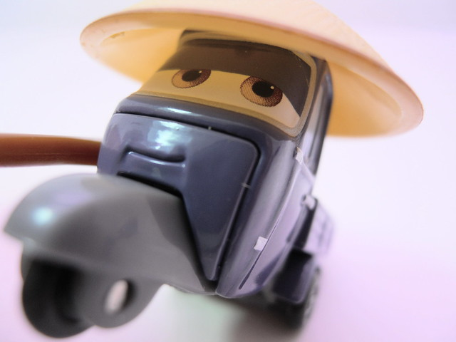 disney cars 2 movie doubles race team mater master zen pitty (5)