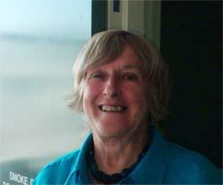 Dr Liz Dennis