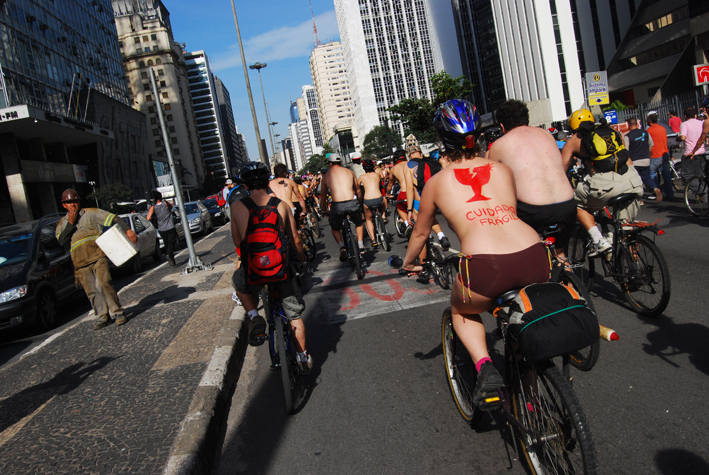 WorldNakedBikeRideSP088