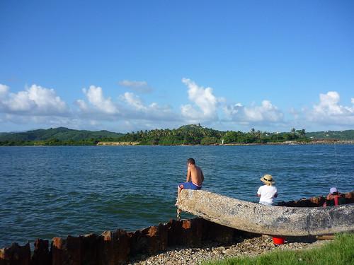 Family fishing in Puerto Rico