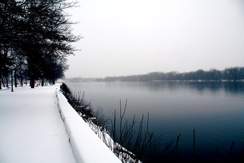 Day 327 - Wednesday, December 17th 2008 - SNOW!