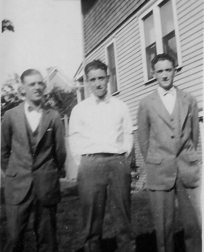 Dad with Great Uncles Charles and Jim.jpg