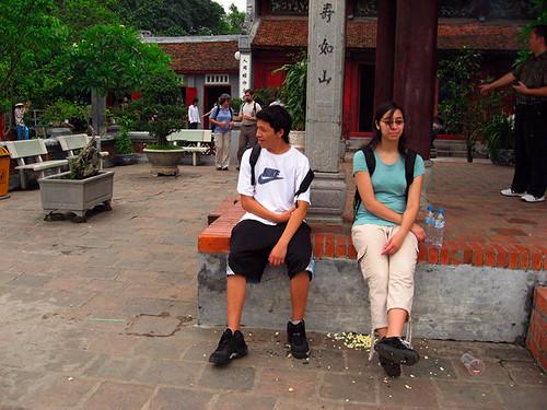 Kids at Ngoc Son temple