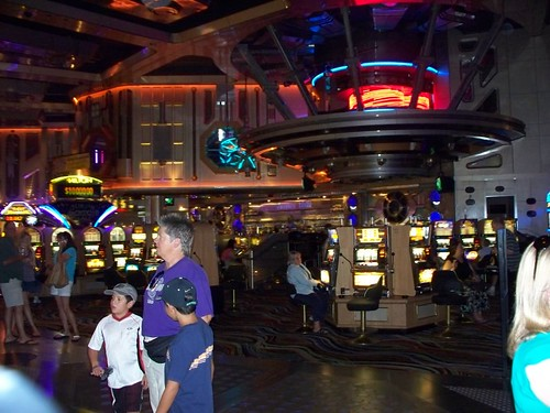 A trek-style casino. Way cool.