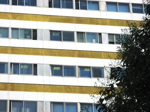 Edificio Ministerios en calle Santo Tomas de Aquino
