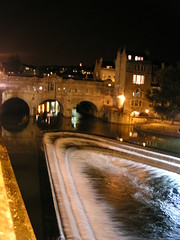 Pulteney Bridge at night (and River Avon)