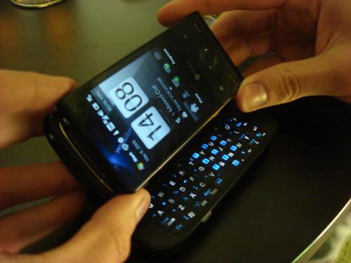 HTC Touch Pro= HTC Touch Diamond + HTC TyTN II par Erik van Roekel