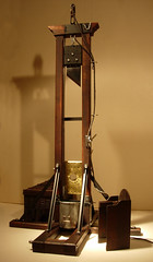 1907 Guillotine Back by andreobrecht