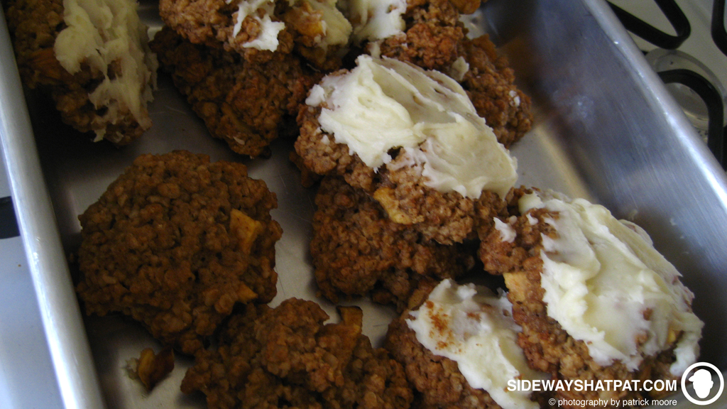apple_oatmeal_icing_cookies