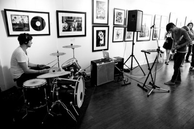 Meet The Blue @ Analogue Gallery