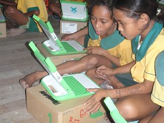 Students in Papua New Guinea connecting (from Flickr)