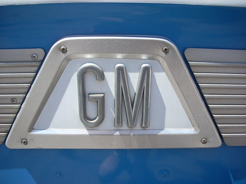 GM Bus logo