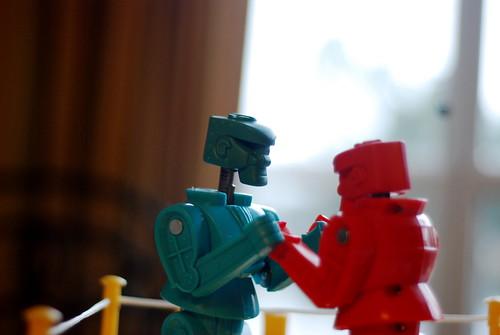 Rock 'Em Sock 'Em Robots...  Blue got rocked
