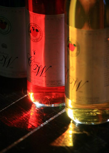 photo of Russelll Orchards Cherry wine...click for their website