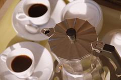 et ve de gust un cafè?