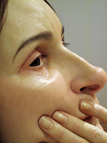 Ron Mueck - Woman in Bed (17) by Kratzy.
