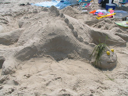 Sand Dragon, Ocean City, Maryland, July 2005, photo © 2005-2009 by QuoinMonkey. All rights reserved.
