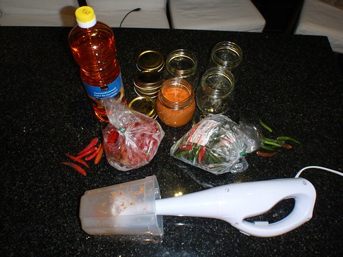 Spicy-Chilly-Oil_01