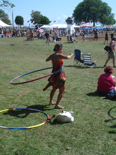 lIsa does the hoop