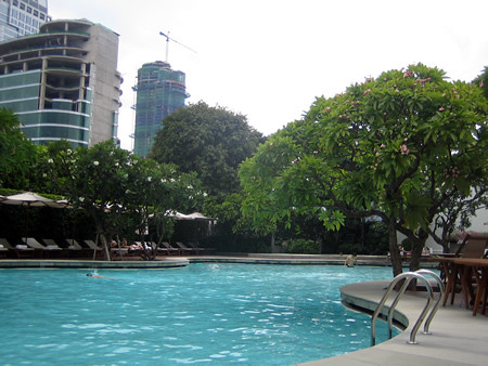 Grand_Hyatt_Erawan_Bangkok_Swimming_Pool_1 by you.