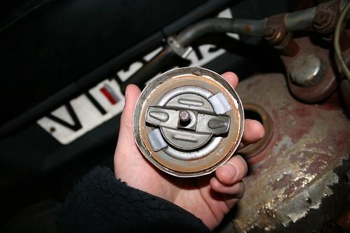 Gas tank lid