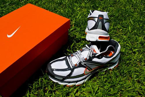 Nike Max Moto 6