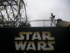 Stormtroopers vigilando la entrada