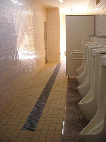 銀閣寺のトイレ