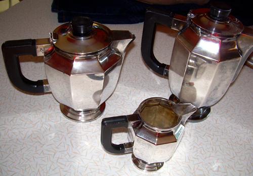 Deco tea/coffee/creamer set