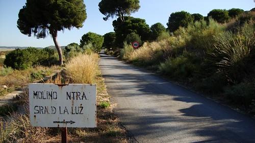 Carretera de acceso al Cortijo Los Barrancos