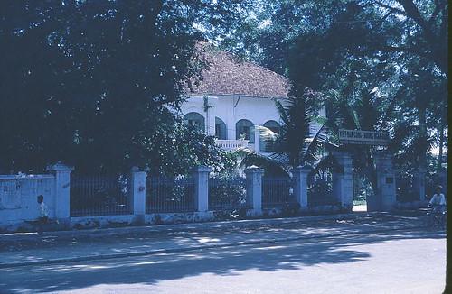 Cong Thuong Ngan hang cu nay la Ngan kho Da Nang by bienthuy251.