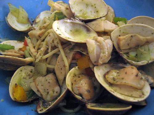 basil clam pasta