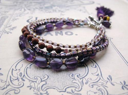 Ametista in goldstone bracelet