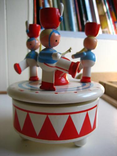 soldier music box