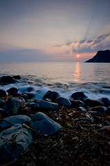 "Talisker Bay Sunset III • <a style=""font-size:0.8em;"" href=""http://www.flickr.com/photos/26440756@N06/2481752388/"" target=""_blank"">View on Flickr</a>"