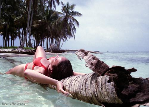 PA-San Blas Archipelago-Beach