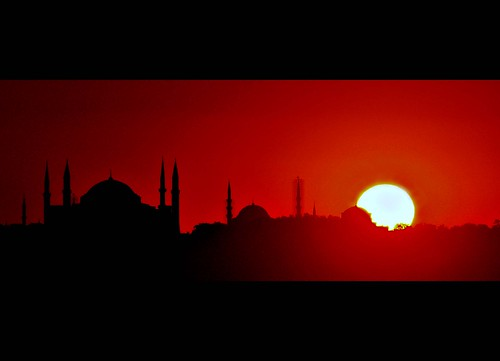 İstanbul sunset by Atilla1000.
