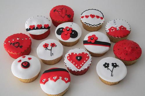 Afbeeldingsresultaat voor cupcakes versierd