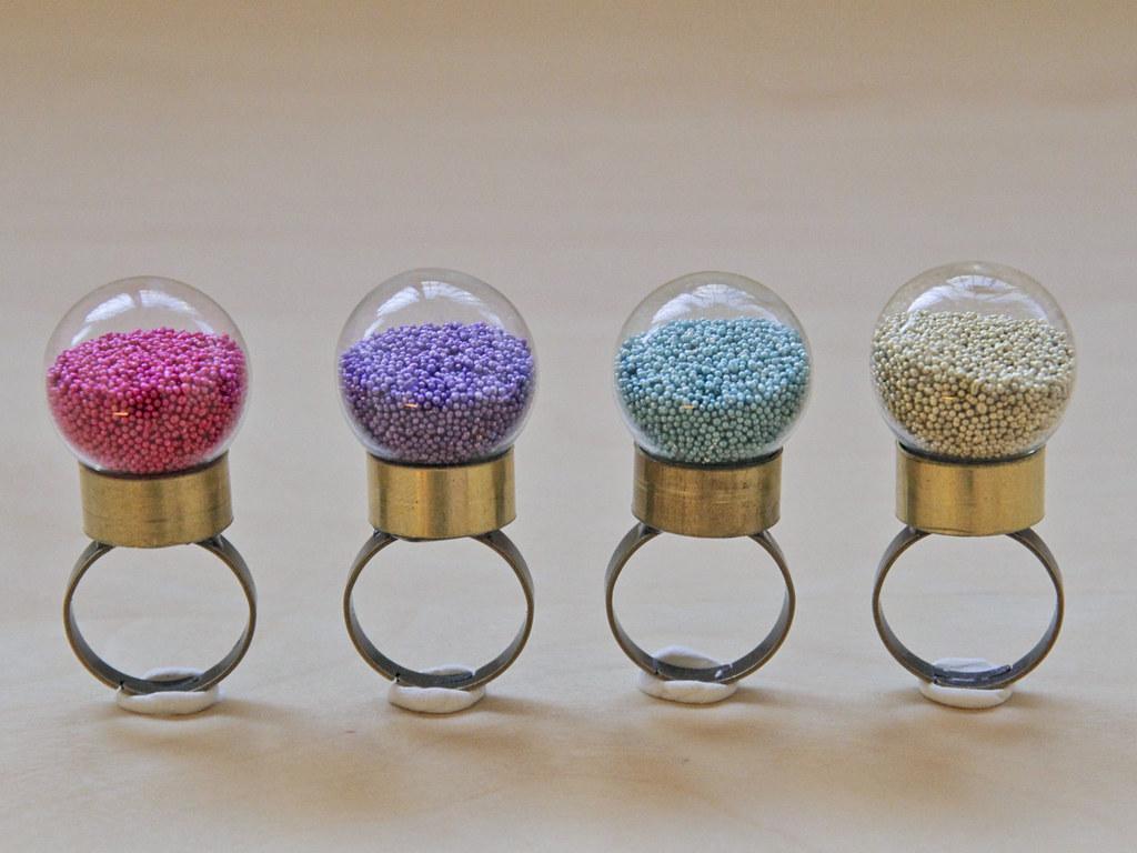 Summery pastel globe rings