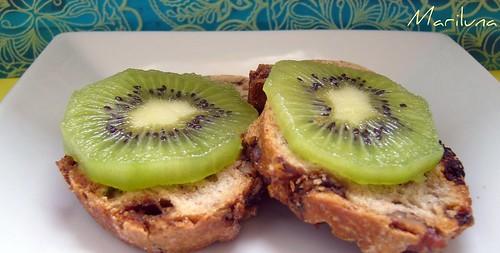 merendina snak - pane alle noci e kiwi