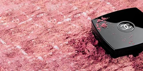 Chanel Les Tissages de Chanel. Photo from www.bellezapura.com