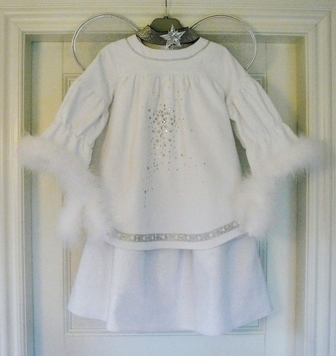 Angel costume with wings and headband