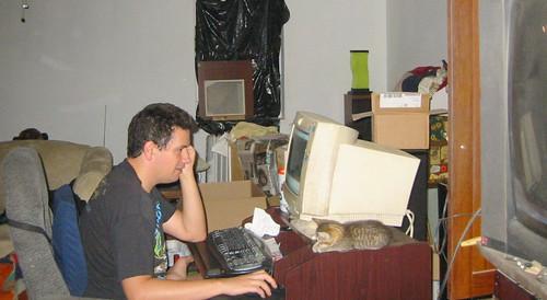 20070909 - just got Beavis - IMG_3554 - Clint, Beavis, computing